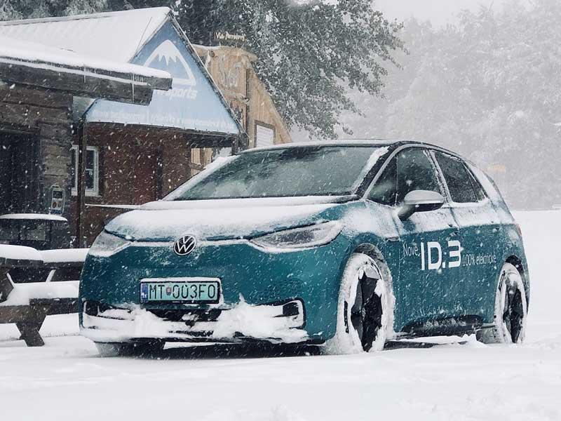 Test: Elektrický Volkswagen ID.3 sme vyskúšali na snehu