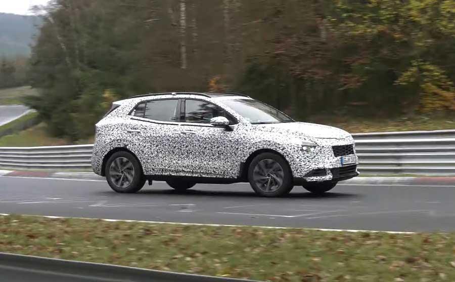 Nová Kia Sportage s plug in hybridným pohonom sa ukázala na Nürburgringu
