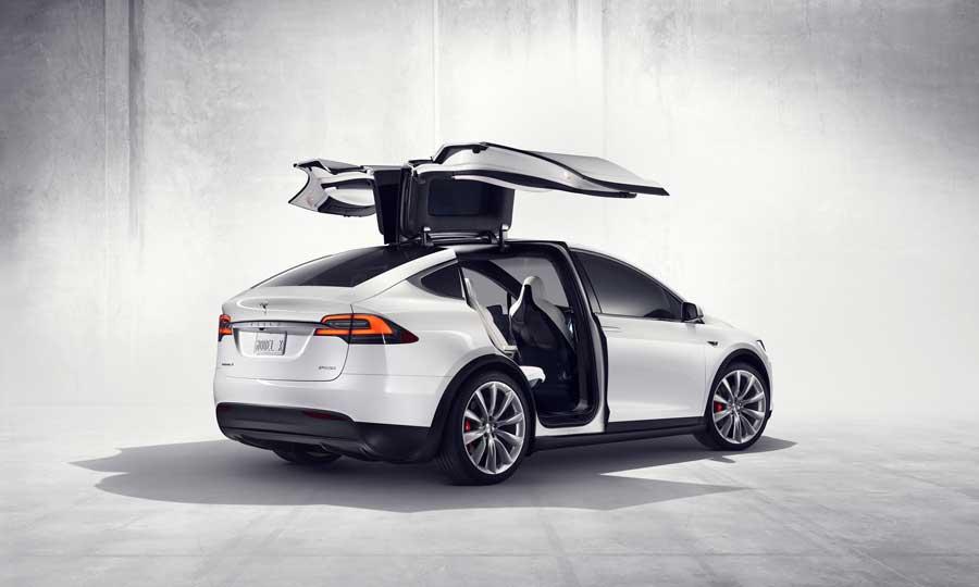 Belgický výskumník dokáže ukradnúť Teslu Model X v priebehu minút