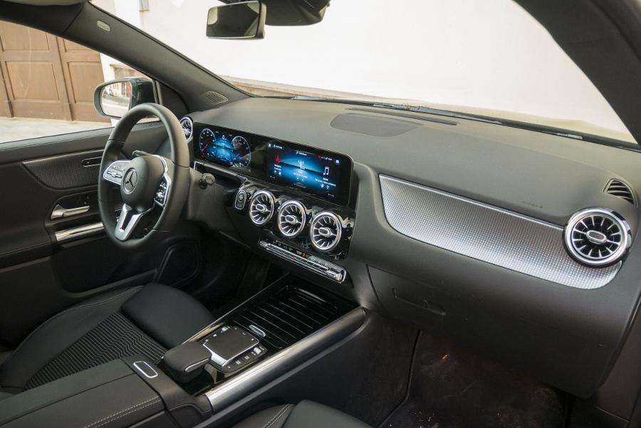 Mercedes GLA 250e (25)