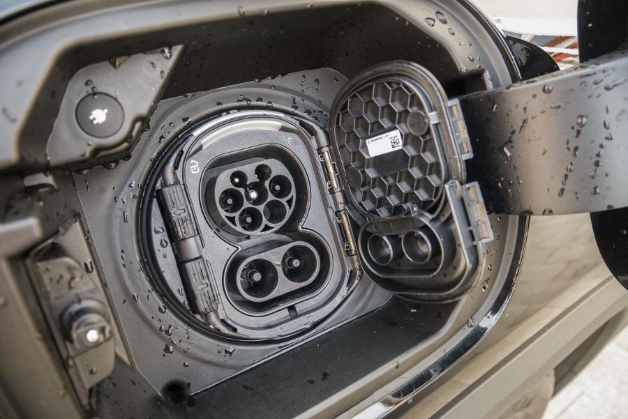 Mercedes GLA 250e (26)