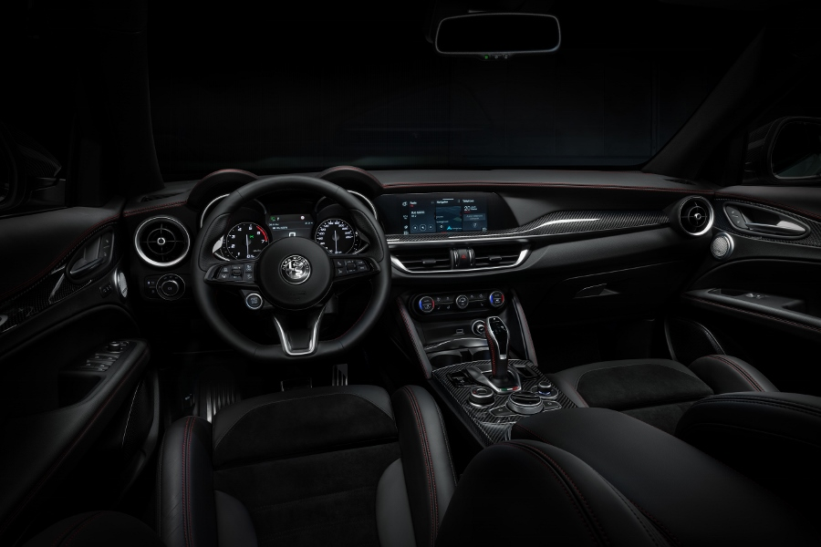 StelvioVeloceTi-interior(4) (900x600)