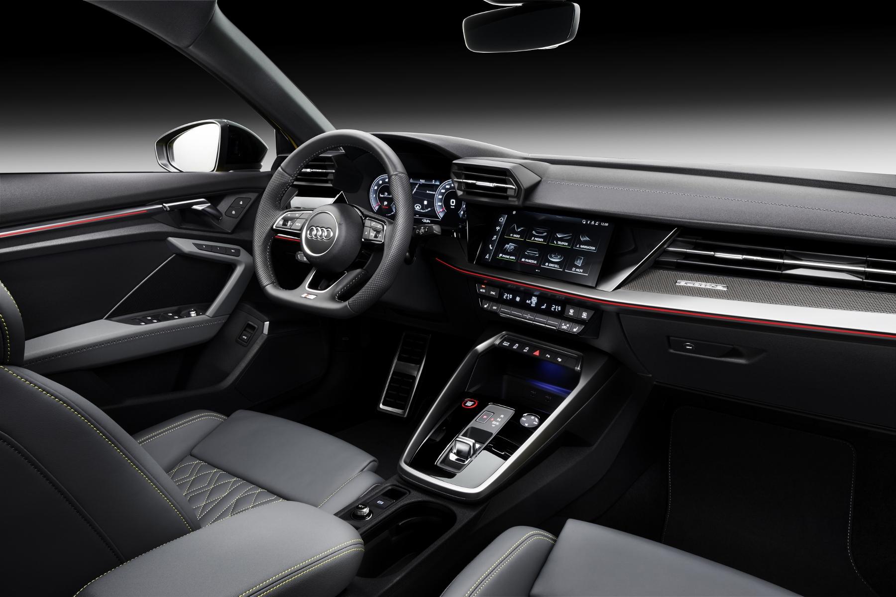 Audi ukázalo modely S3 Sedan a Sportback. Prezradilo aj nemeckú cenu cxm2lZCveH a204422large-1800x12