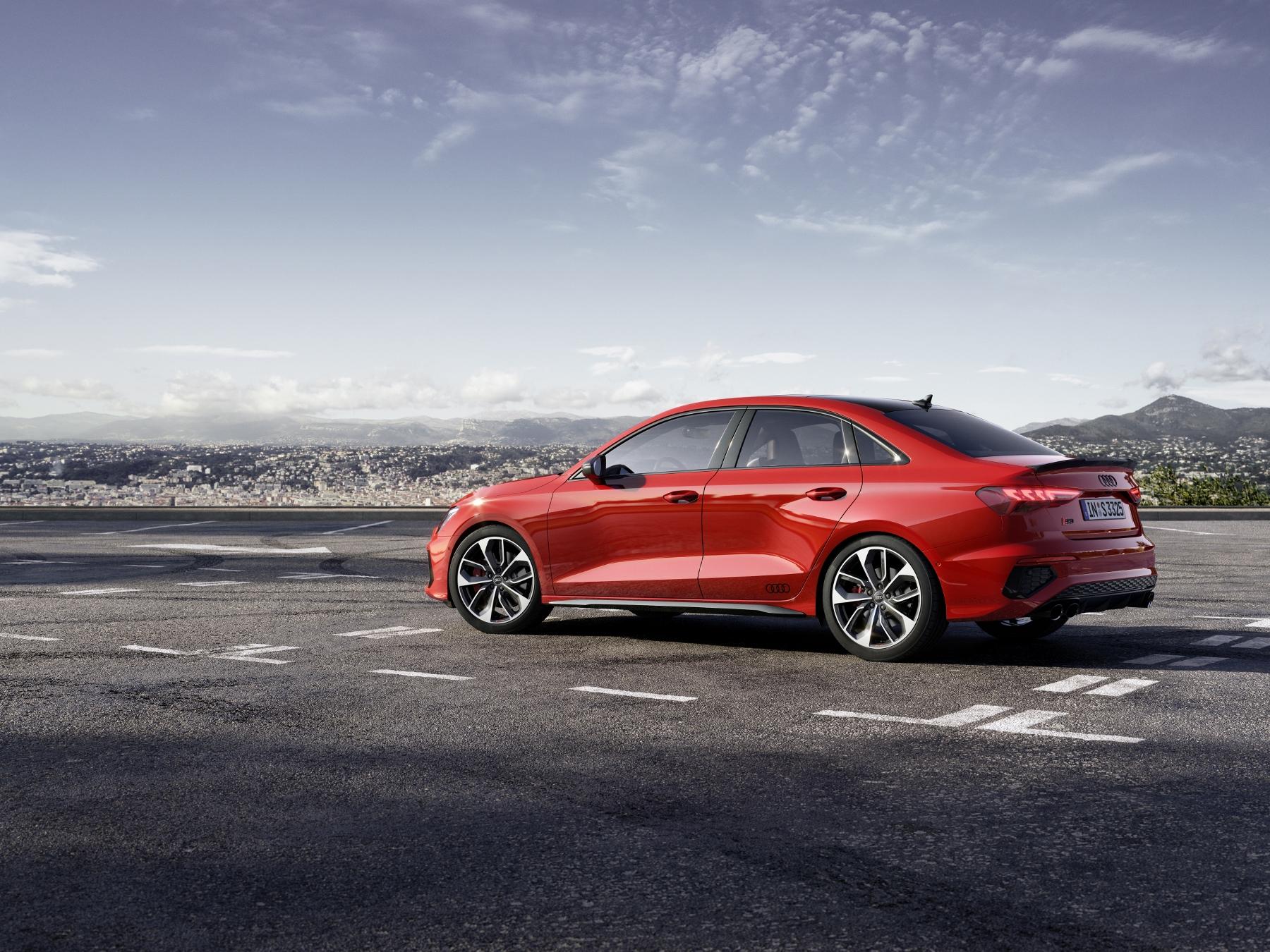 Audi ukázalo modely S3 Sedan a Sportback. Prezradilo aj nemeckú cenu LxNoCjt4dY a204370large-1800x13