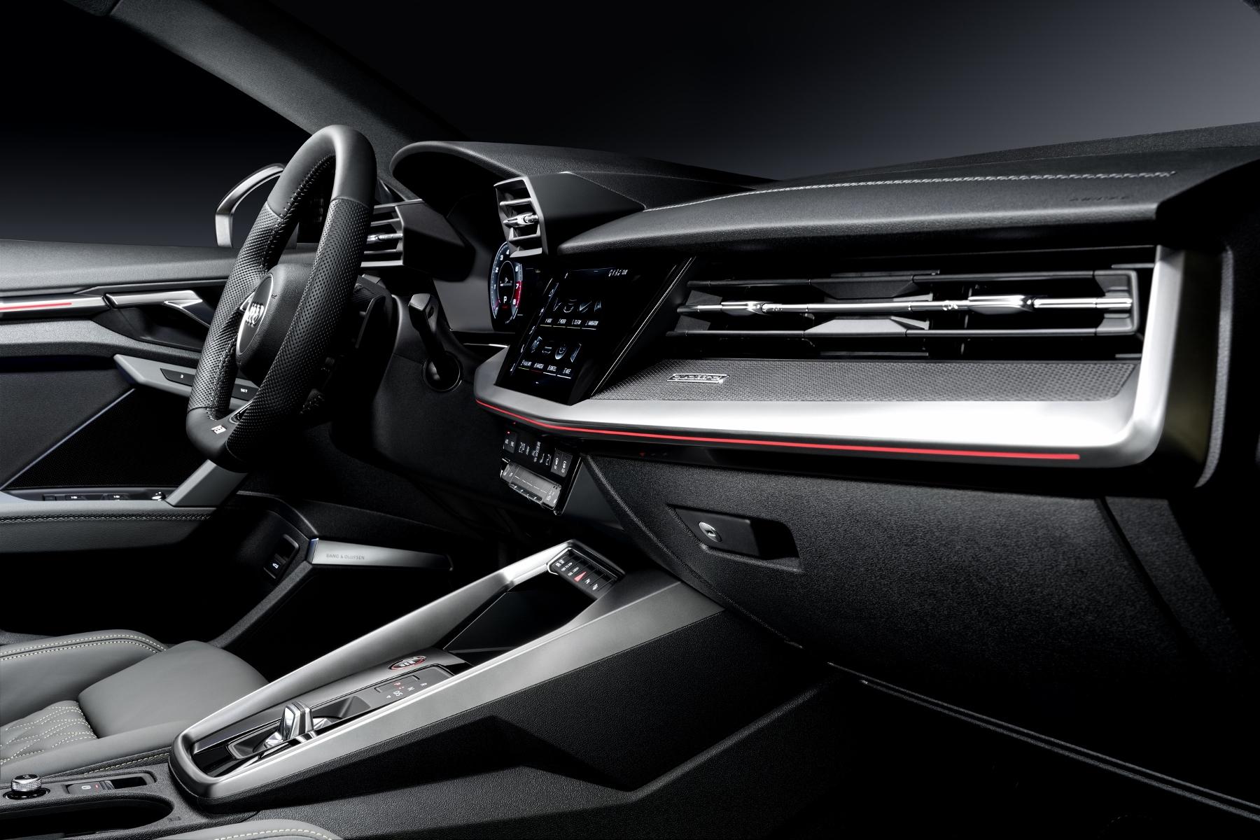 Audi ukázalo modely S3 Sedan a Sportback. Prezradilo aj nemeckú cenu QT1WdDW5JM a204423large-1800x12