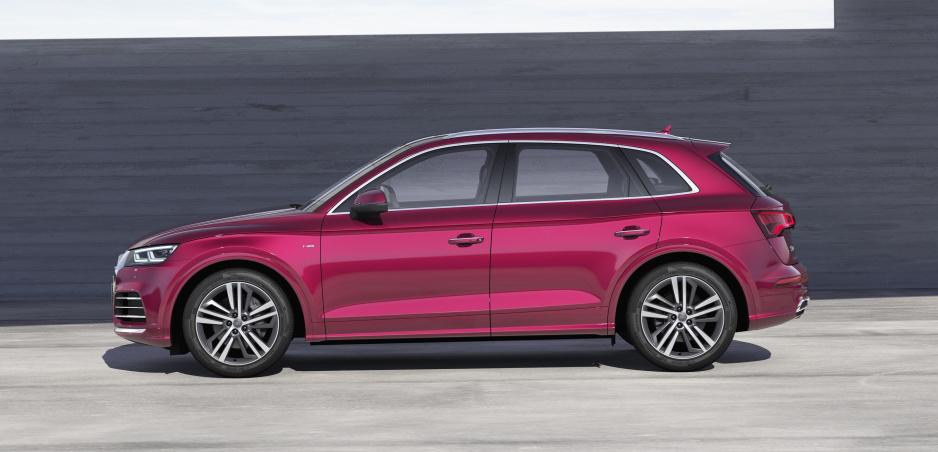 Audi už predĺžilo aj SUV. Na scénu prichádza Audi Q5L