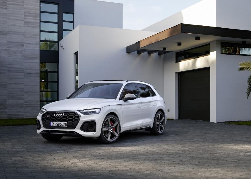Audi vylepšilo naftový motor V6 modernizovaného modelu SQ5 g73gZTJe23 audi-sq5-1