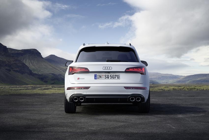 Audi vylepšilo naftový motor V6 modernizovaného modelu SQ5 sHFYfBN5z8 audi-sq5-9