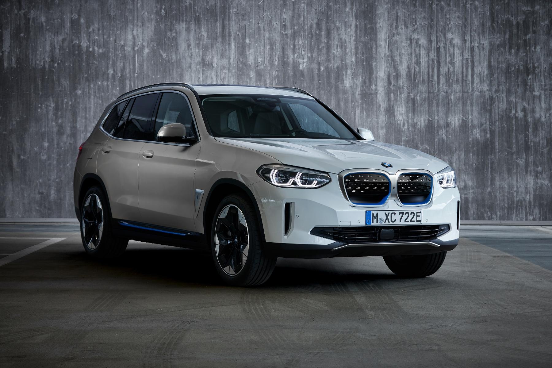 BMW ukázalo elektrické SUV iX3 s dojazdom 459 km LKOAXDPcJV bmw-ix3-8