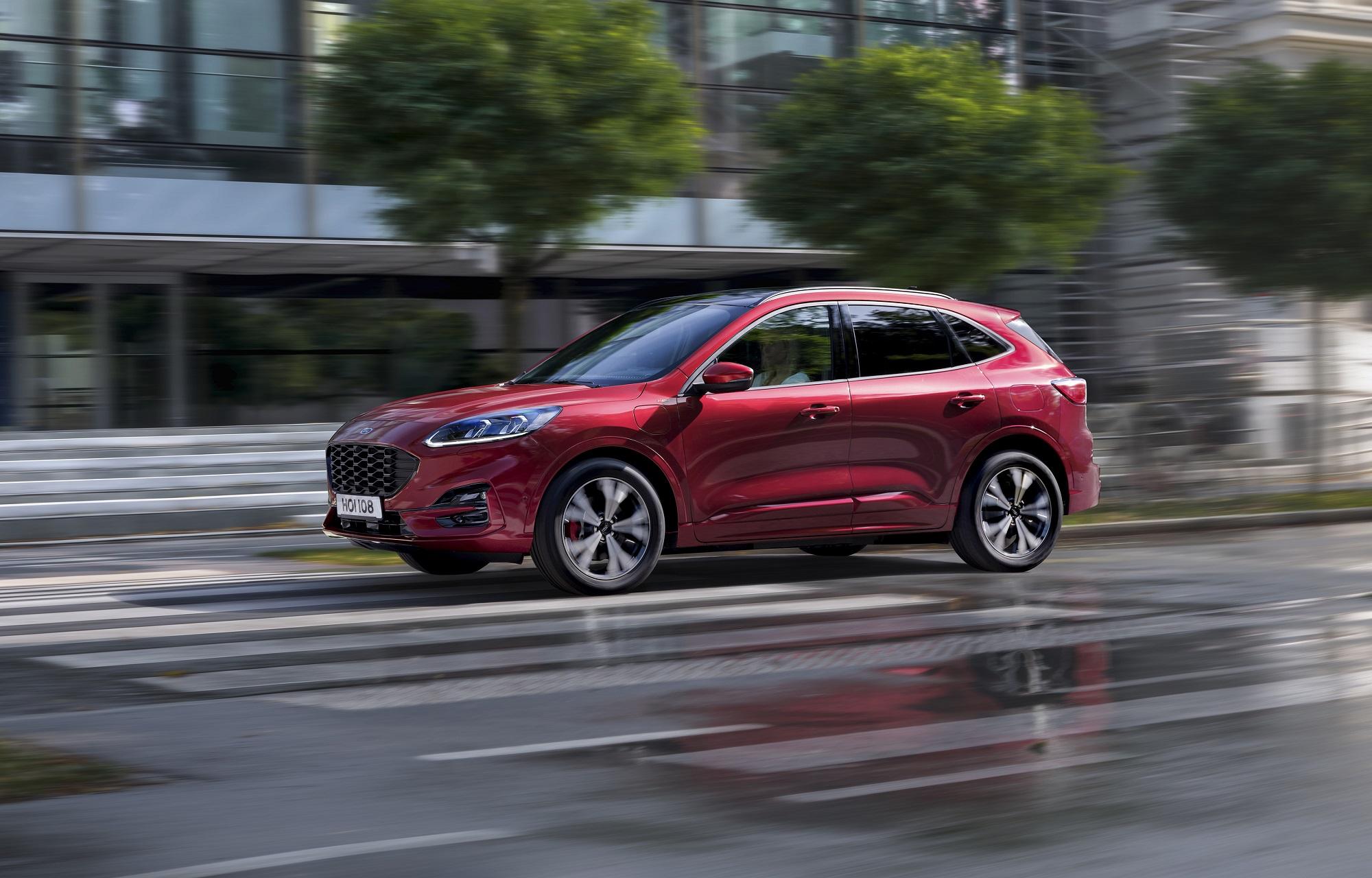 Ford začína s predajom Kugy na Slovensku