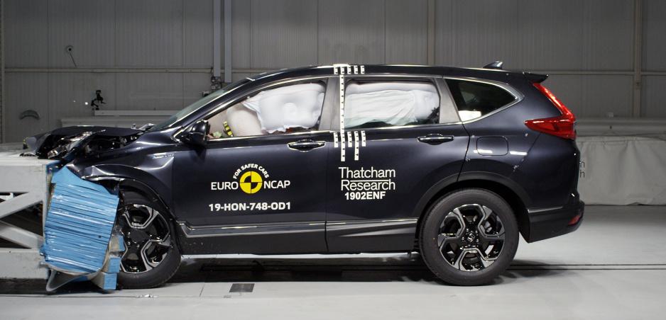 Honda CR-V, Mercedes G a Seat Tarraco prešli sprísnenými nárazovými testami