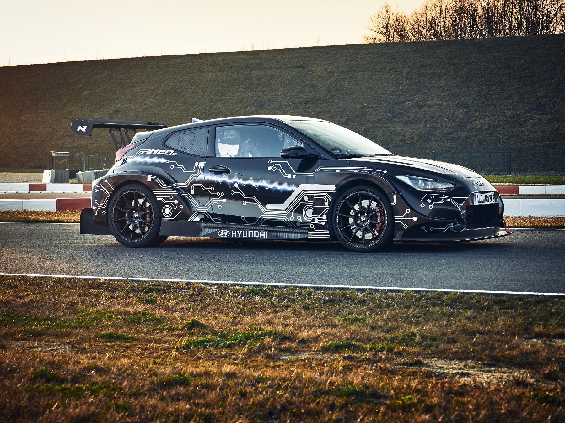 Hyundai N má elektrickú budúcnosť. Predznamenáva ju špeciál RM20e IR6xuSVqfg hyundai-rm20e-racing-mi