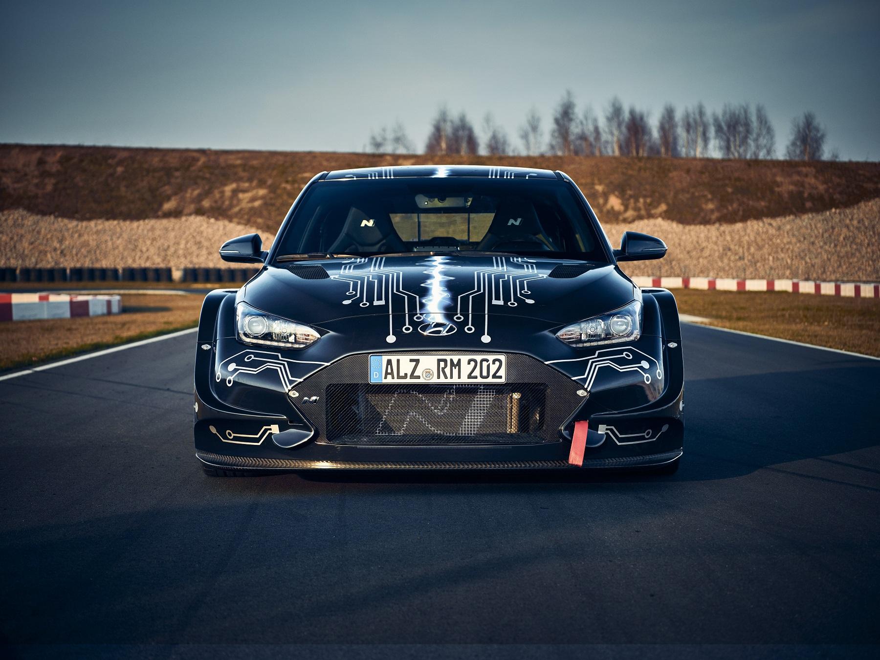Hyundai N má elektrickú budúcnosť. Predznamenáva ju špeciál RM20e oI3yXFgmbh hyundai-rm20e-racing-mi