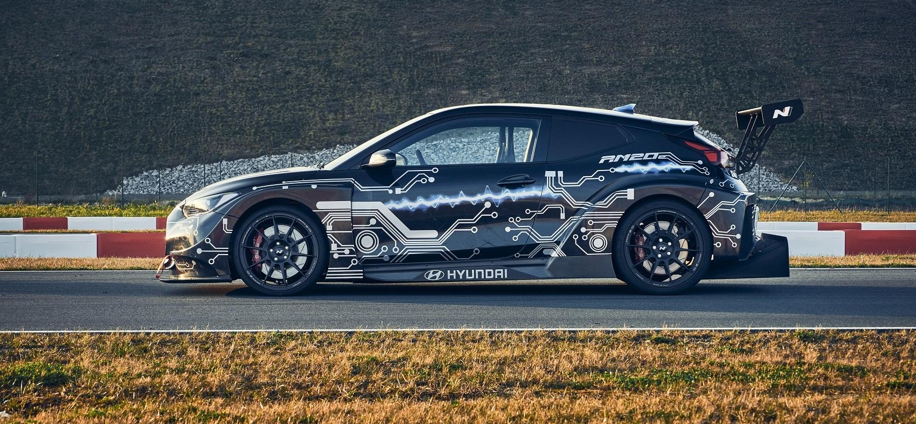 Hyundai N má elektrickú budúcnosť. Predznamenáva ju špeciál RM20e Vd7ZsCHGH4 hyundai-rm20e-racing-mi