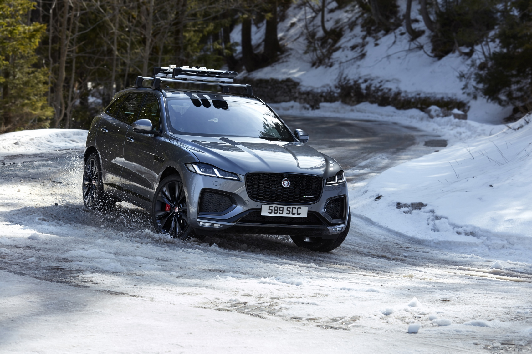 Jaguar pri facelifte modelu F-Pace počúvol zákazníkov