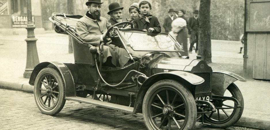 Klenot autobazáru: Boursaud z roku 1899 stále jazdí. A je na predaj!