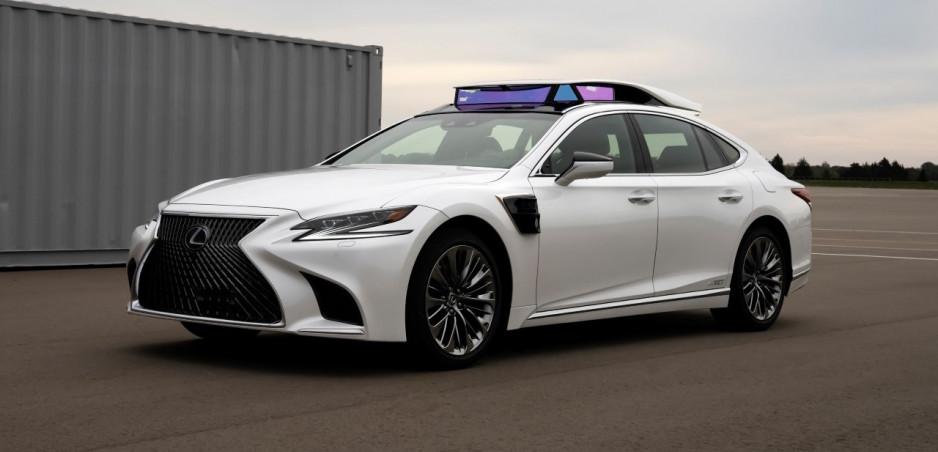 Lexus plánuje verejné testy autonómneho riadenia štvrtého stupňa