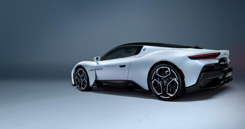 Maserati MC20 odštartovalo novú éru talianskej značky 76VlR5ymvA 10maseratimc20-1500x795
