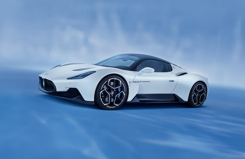Maserati MC20 odštartovalo novú éru talianskej značky RGR2mowlZf 01maseratimc20-1500x973
