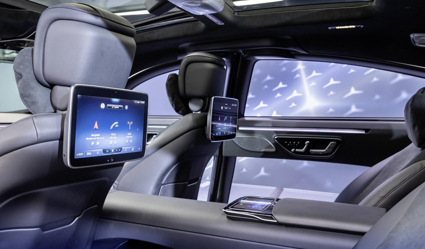 Mercedes triedy S dostane 3D displej a množstvo nových technológií Hjv2AK5RtA mercedes-s-1