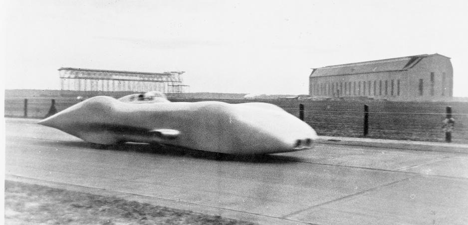 Mercedes W 125 z roku 1938 dosiahol rekordnú rýchlosť 432,7 km/h