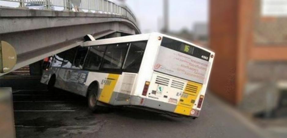 Nehody autobusov: Títo vodiči určite neboli triezvi