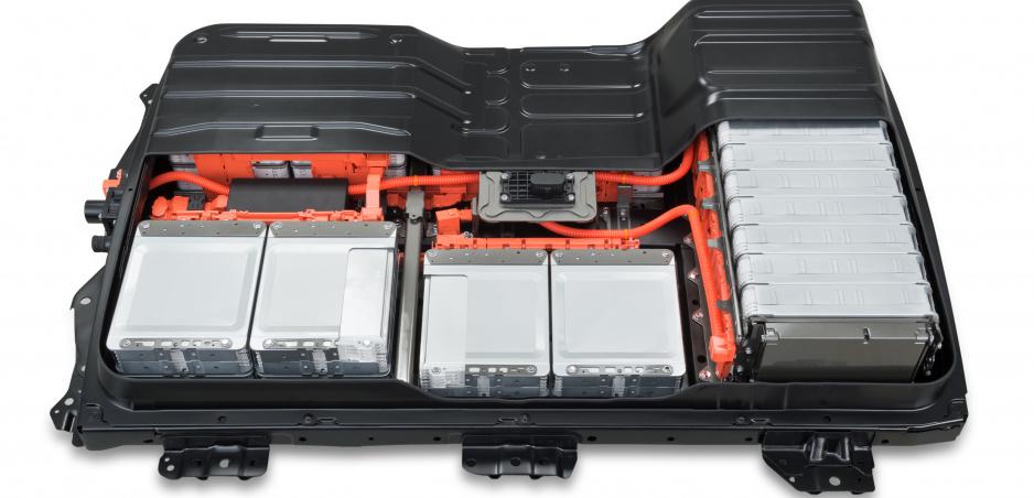 Nissan ponúkne výmenu batérií majiteľom elektromobilov, zatiaľ len v Japonsku