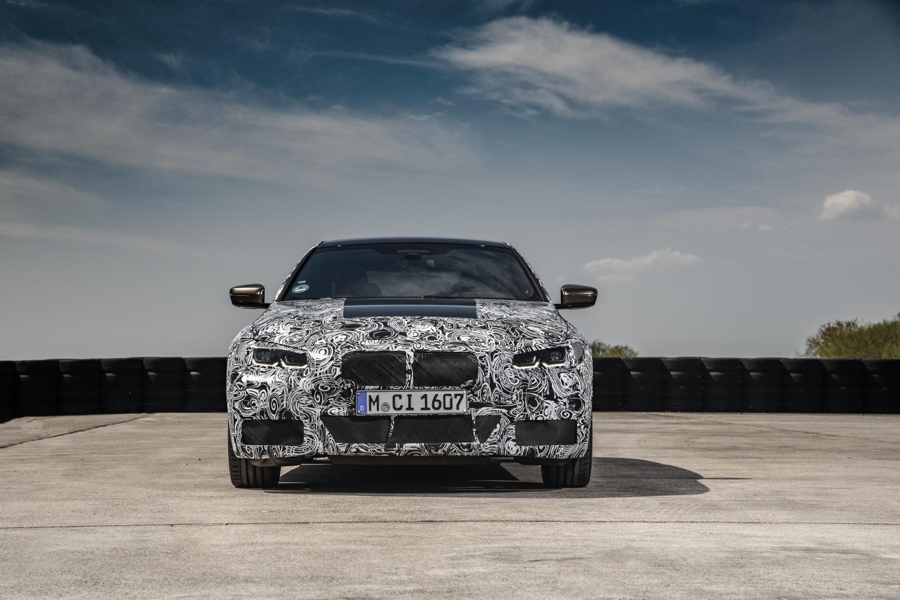 Nové BMW radu 4 Coupé dostane športovejší podvozok bIjVuW2fqk bmw-4-coupe-14