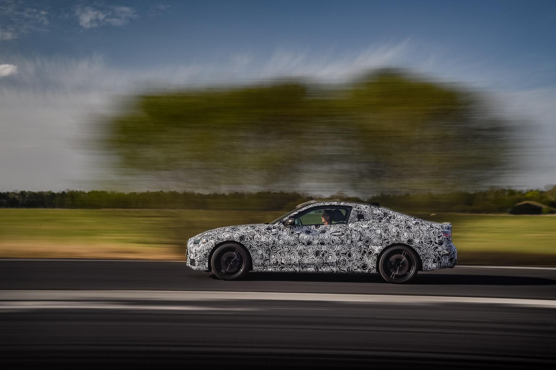 Nové BMW radu 4 Coupé dostane športovejší podvozok GY6KW0sluY bmw-4-coupe-10