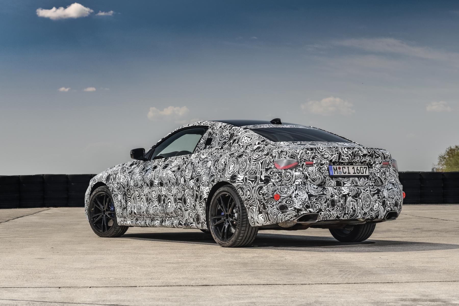 Nové BMW radu 4 Coupé dostane športovejší podvozok qLNGhzN8SQ bmw-4-coupe-18