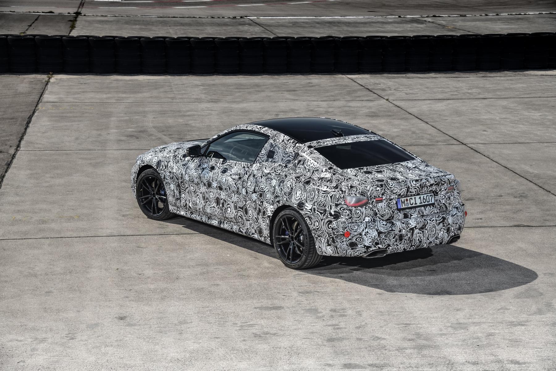 Nové BMW radu 4 Coupé dostane športovejší podvozok XUit9XiGSv bmw-4-coupe-19