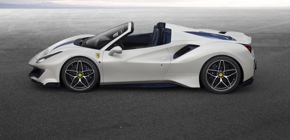 Nový kabriolet Ferrari zrýchli na 100 km/h za 2,85 sekundy