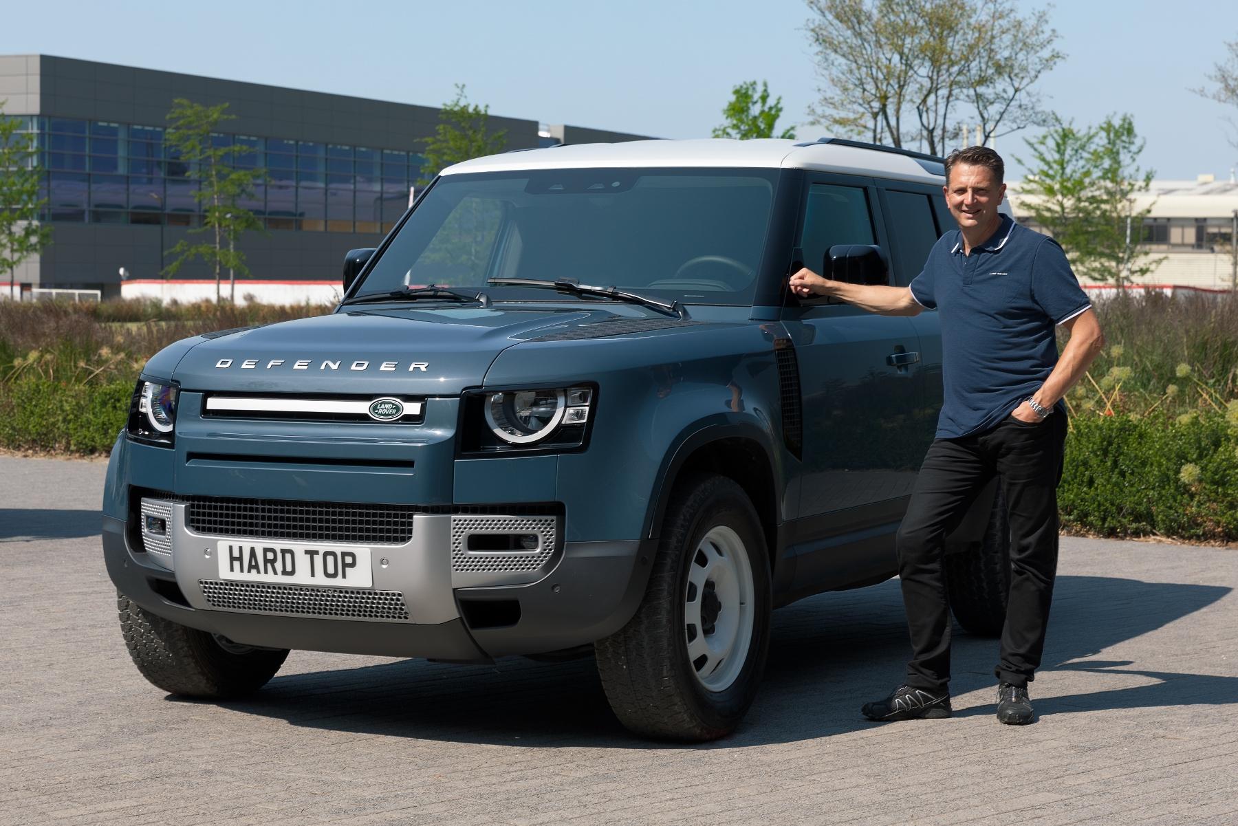 Nový Land Rover Defender prichádza v úžitkovej verzii Hard Top hifJvQJLbB 1lrdefhardtopnickrogers300