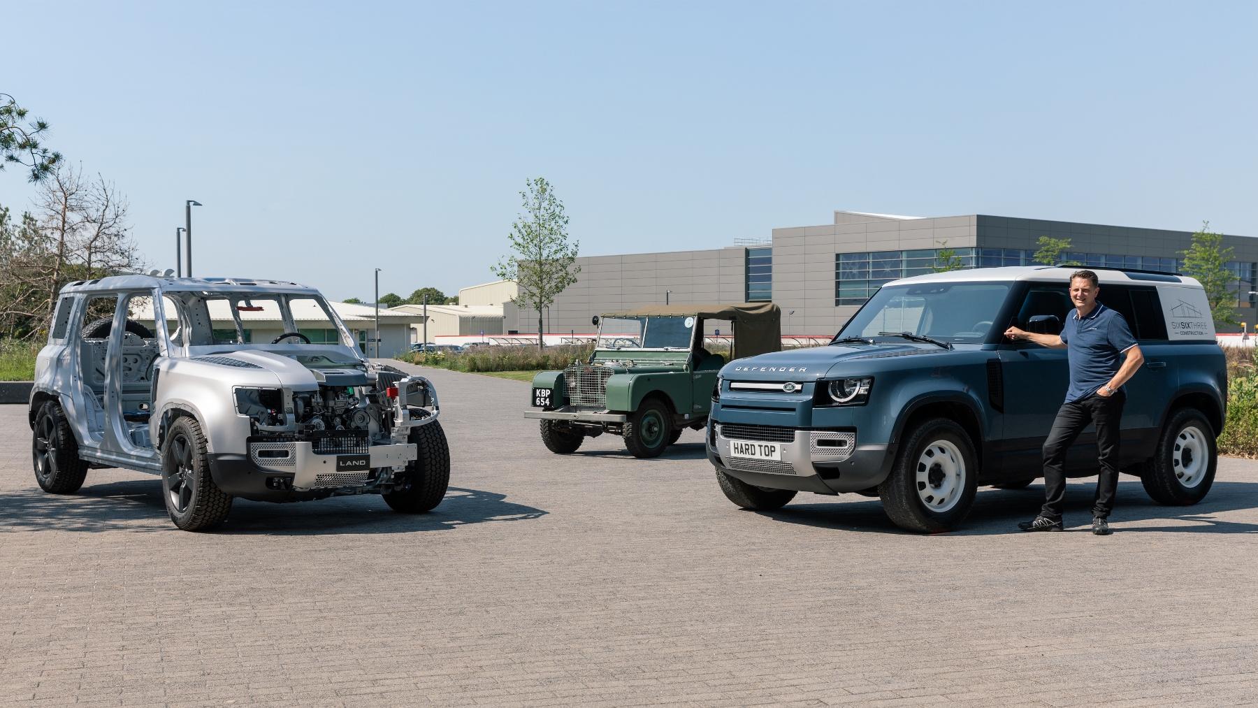 Nový Land Rover Defender prichádza v úžitkovej verzii Hard Top J7ZTznQBD7 5lrdefhardtopnickrogers300