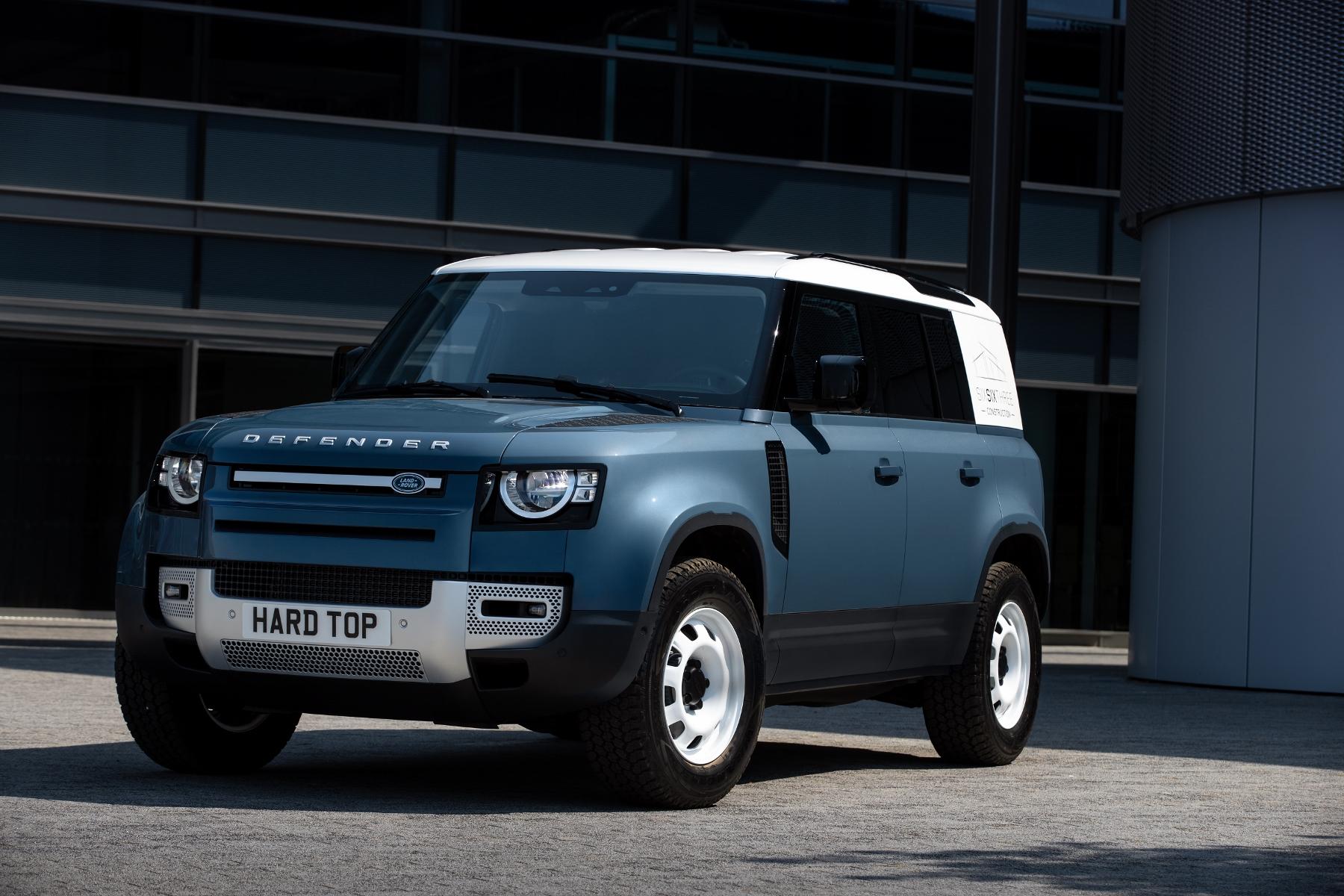 Nový Land Rover Defender prichádza v úžitkovej verzii Hard Top OsStzB9Iwy 2lrdefhardtop30062005-1800