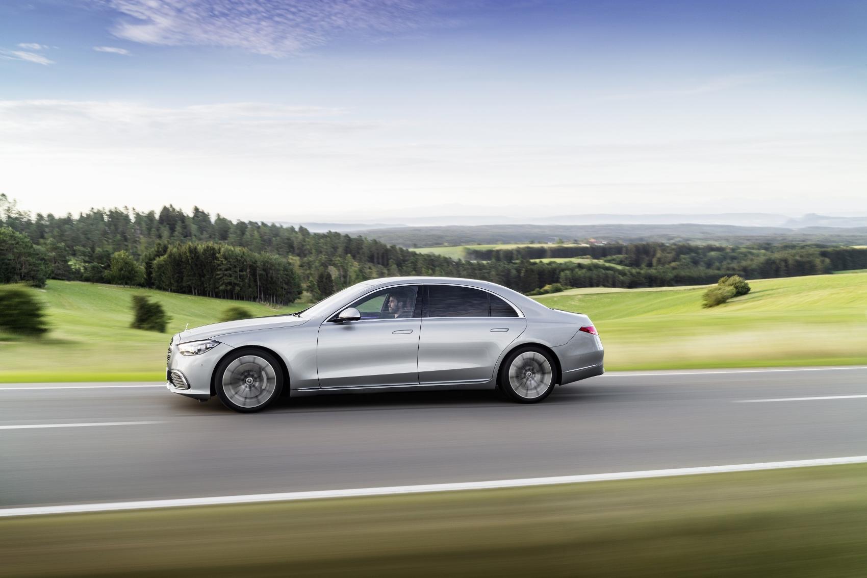 Nový Mercedes S je najpokročilejším Mercedesom v histórii n8Ak8MyZue 20c0358027-1700x1133