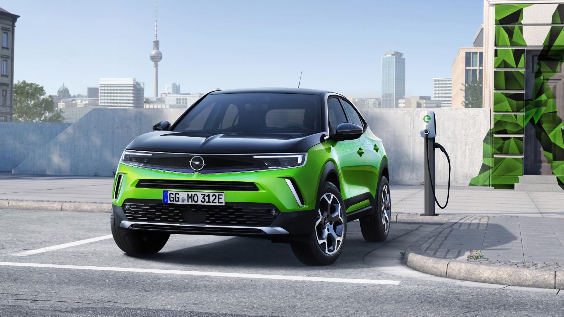 Opel Mokka sa od súrodencov odlíši odvážnym dizajnom 2JTMZWZ0Oy 04-opel-mokka-e-512167-1800x1012