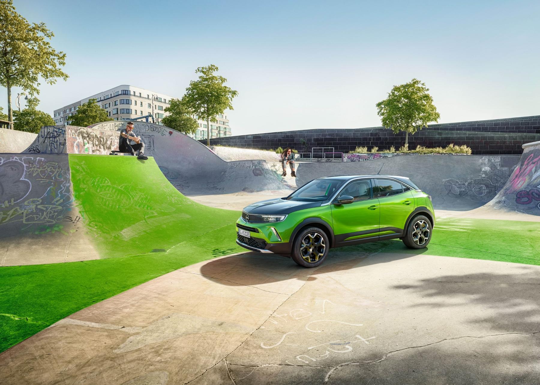 Opel Mokka sa od súrodencov odlíši odvážnym dizajnom 3rSUh1Rsco 11-opel-mokka-e-512271-1800x1286