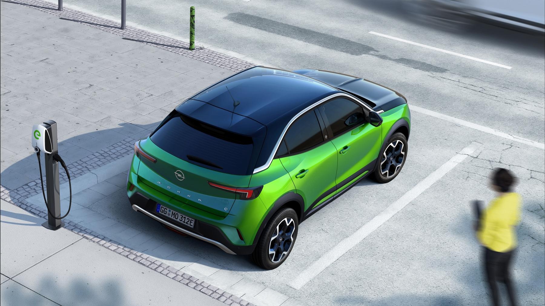 Opel Mokka sa od súrodencov odlíši odvážnym dizajnom MHhYVjaVpL 06-opel-mokka-e-512170-1800x1012