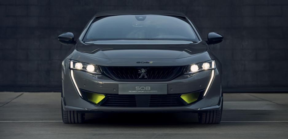 Peugeot ukázal športový koncept Sport Engineered 508
