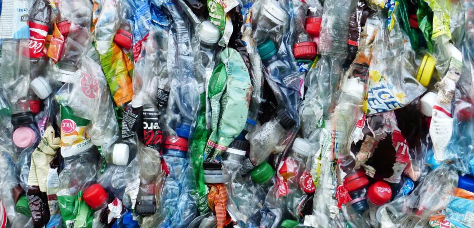 Plastový odpad môže slúžiť ako palivo budúcnosti. Tvrdia vedci