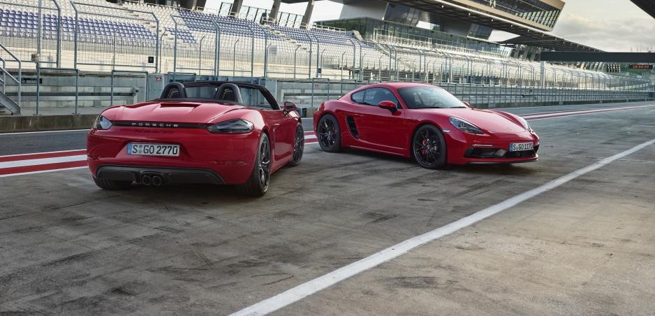 Porsche ukázalo modely 718 Boxter a Cayman vo verzii GTS