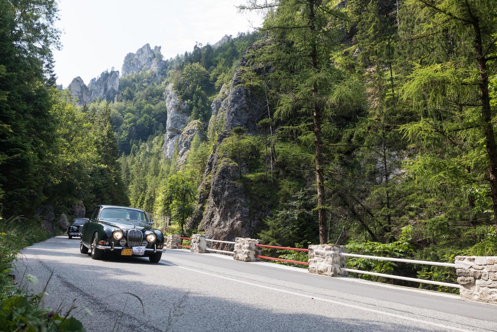 Pozrite si galériu z podujatia Beskyd Rallye – memoriál Ladislava Dlhopolčeka 2020 2IrZgcME45 turzov