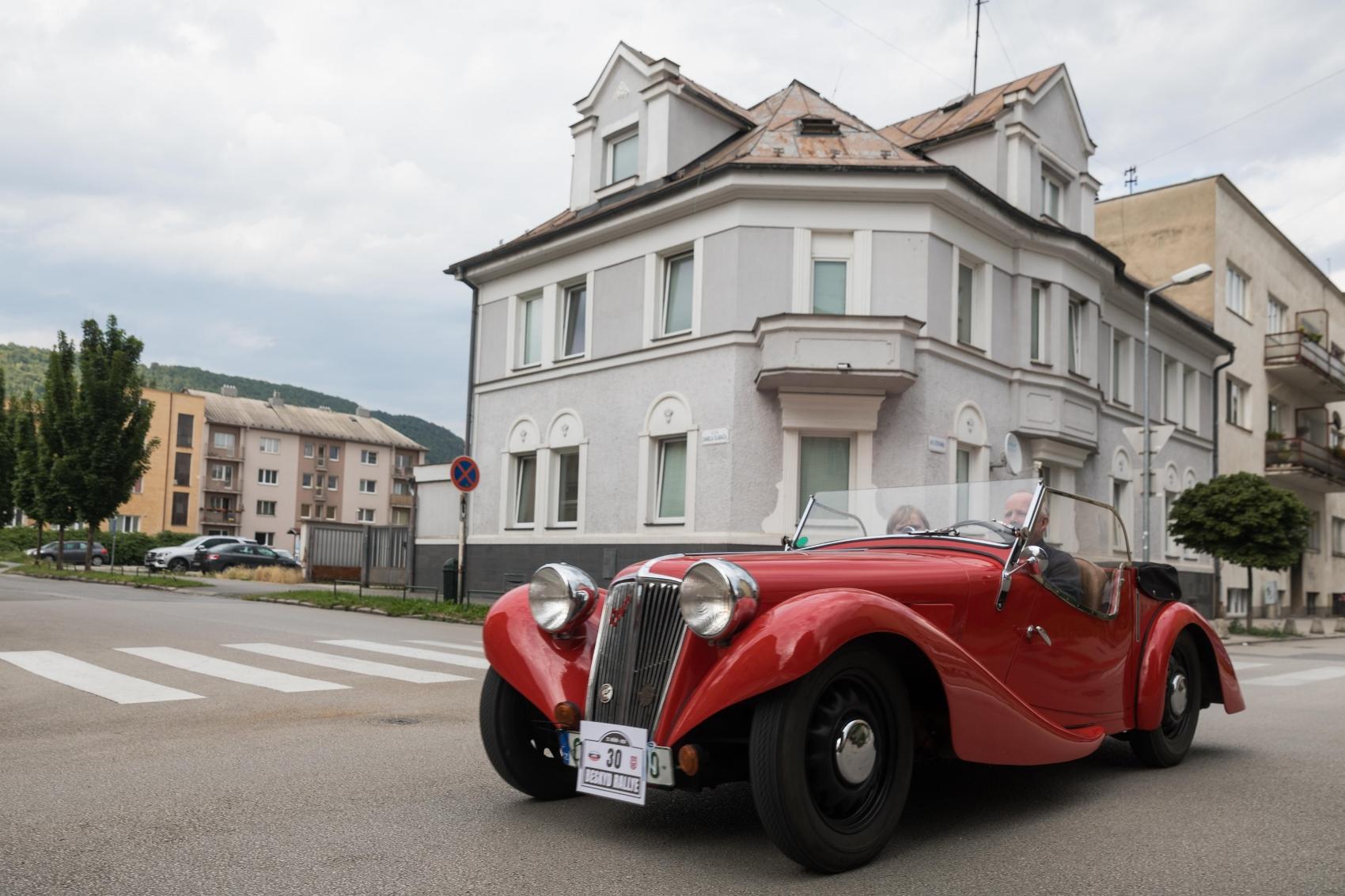 Pozrite si galériu z podujatia Beskyd Rallye – memoriál Ladislava Dlhopolčeka 2020 5ctf9OJw9R turzov
