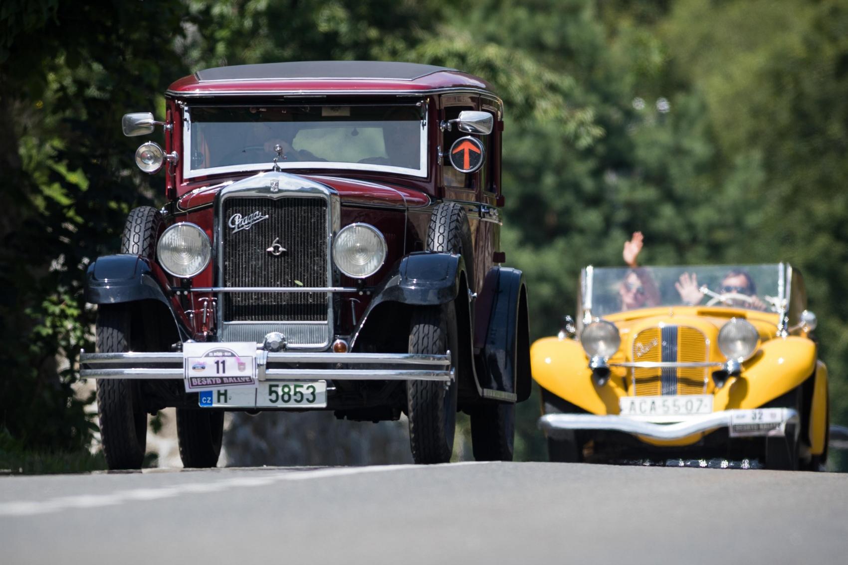 Pozrite si galériu z podujatia Beskyd Rallye – memoriál Ladislava Dlhopolčeka 2020 Gd8ziAA5By turzov