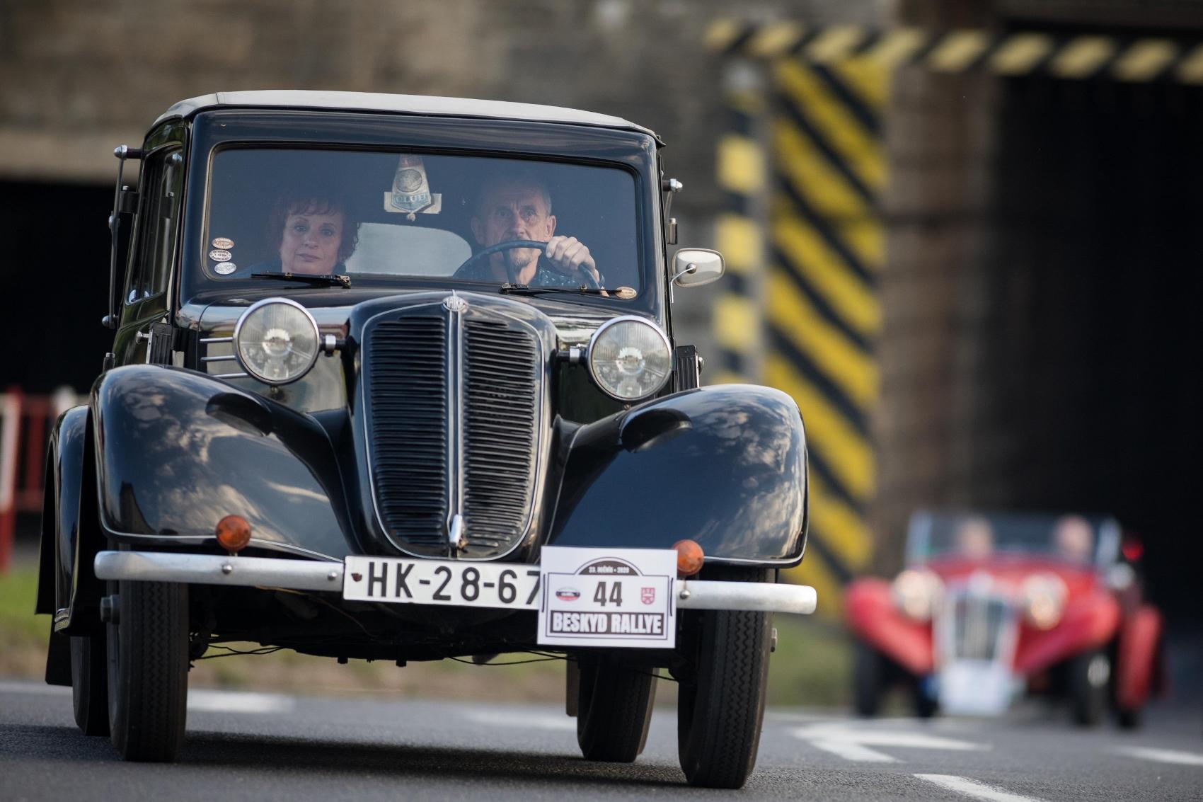 Pozrite si galériu z podujatia Beskyd Rallye – memoriál Ladislava Dlhopolčeka 2020 JR0687T3li turzov