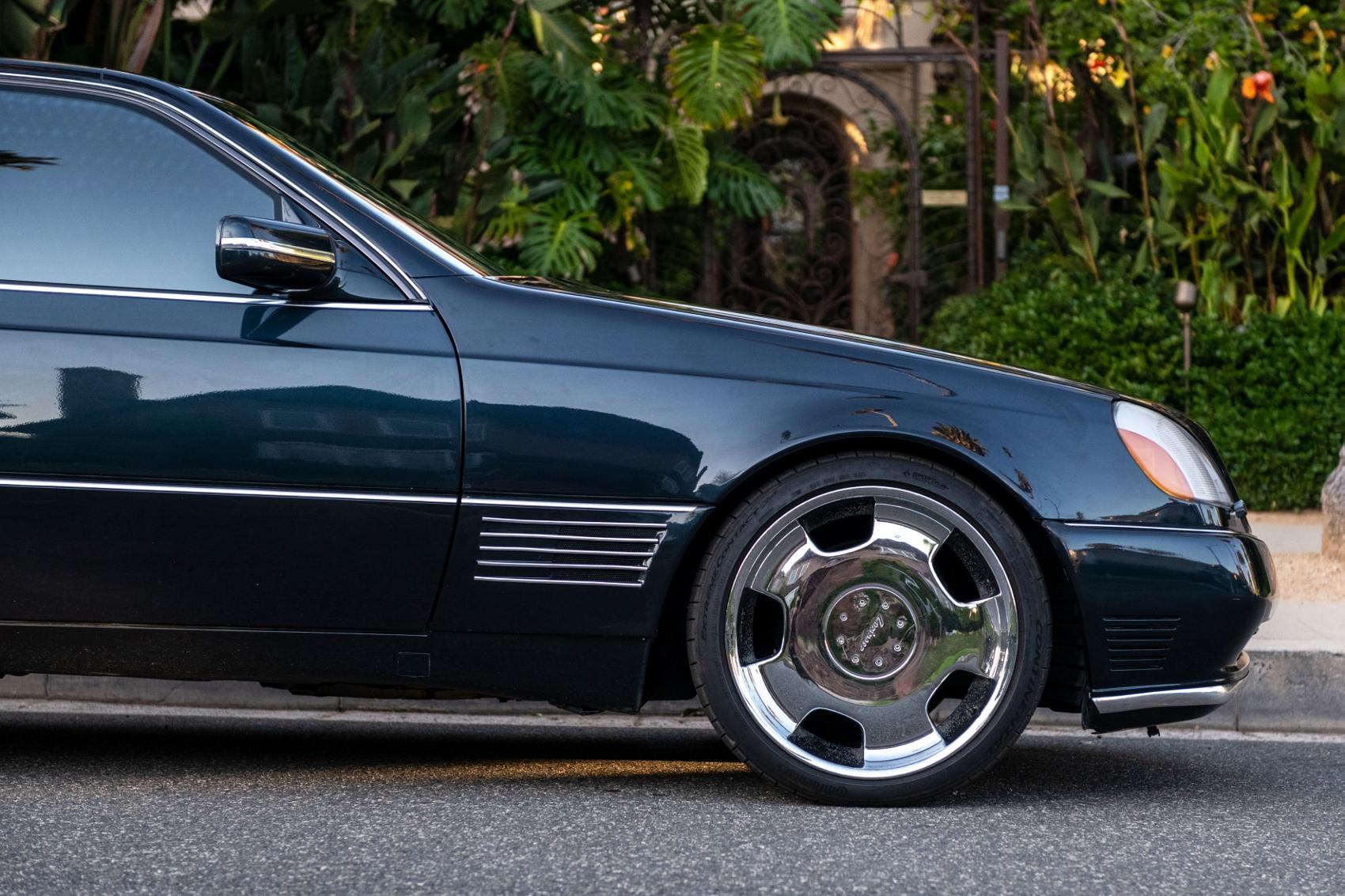 Pozrite si Mercedes S600 Michaela Jordana z roku 1996 1ppUhq8kJi lorinsercl600ex-jordansidedetailfro