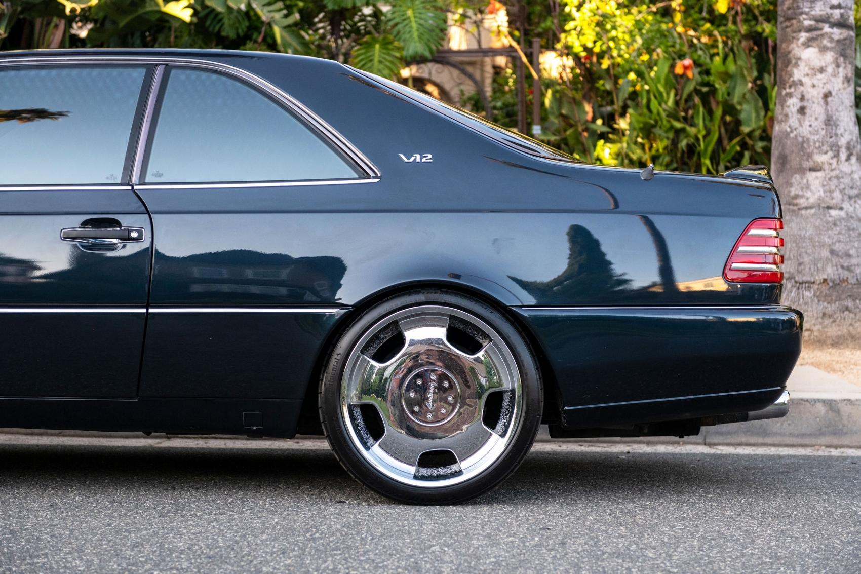 Pozrite si Mercedes S600 Michaela Jordana z roku 1996 HF4eZQzVT8 lorinsercl600ex-jordansidedetailrea