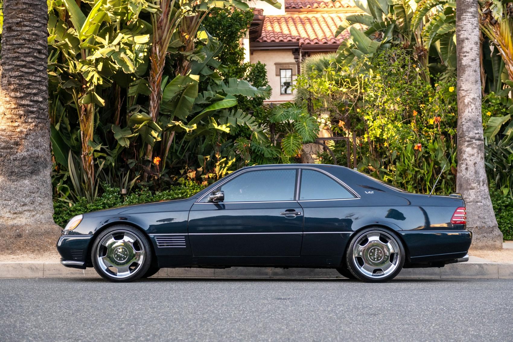 Pozrite si Mercedes S600 Michaela Jordana z roku 1996 iaL33uI2Aw lorinsercl600ex-jordanside2sbeverly