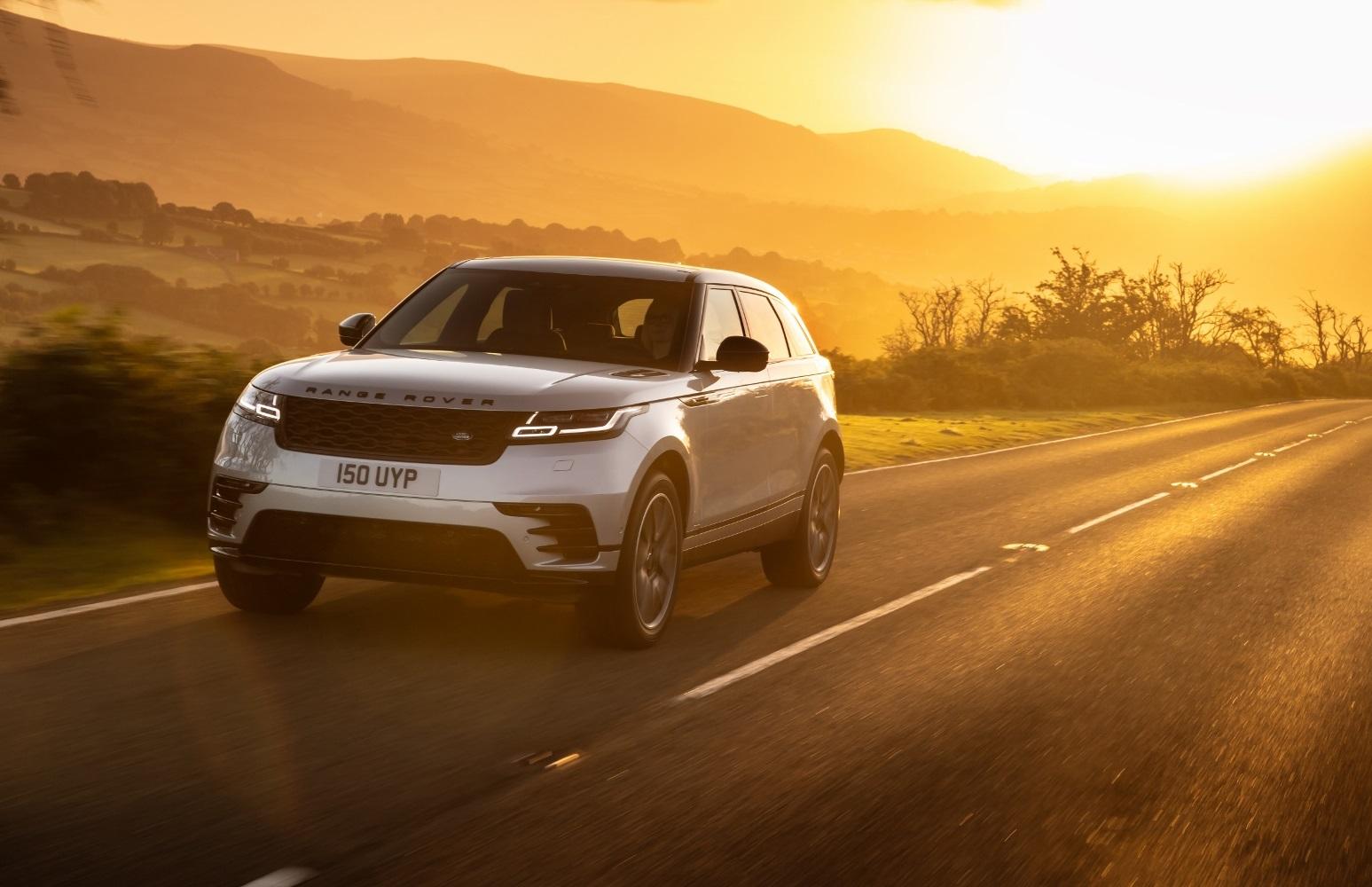 Range Rover Velar dostal nový plug in hybrid a rýchly infotainment